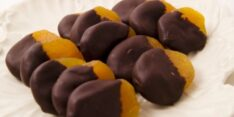 Bitter Çikolatalı Kayısı Tarifi