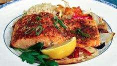 Fırında Otlu Somon Balığı Tarifi